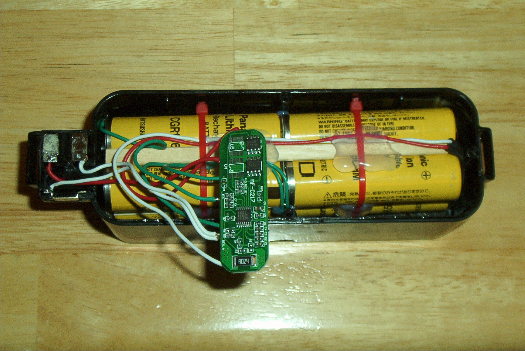 Roomba Li Ion Battery Pack Charger Circuit 1 Html Further Nimh I Believe This Is A Switch To Limit The Discharge Current For Added Safety Instructions In Manual Of Suggest Use One